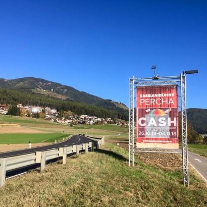 Cash Banner Dorf